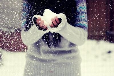 ingrijirea-mainilor-iarna