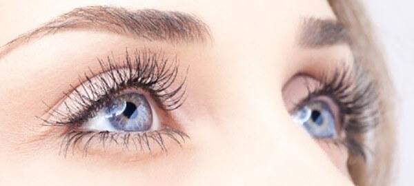 Scapa de ridurile din jurul ochilor cu ajutorul specialistilor din clinica Elos Skin&Laser Center din Bucuresti